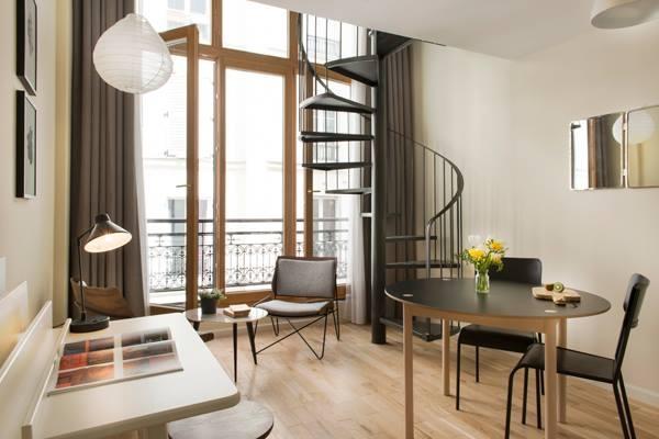 Hôtel pour artistes à Paris : 10443490_485367381595087_5516826481961678505_n