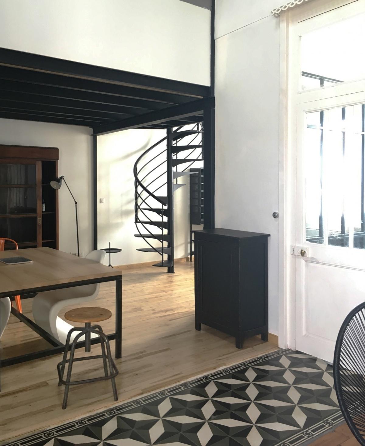 Échoppe à La Rochelle : Rénovation architecte combles echoppe 07 - escalier acier
