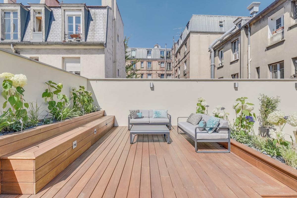 Création d'une terrasse sur le toit d'un immeuble à Paris : transformation toit terrasse architecte