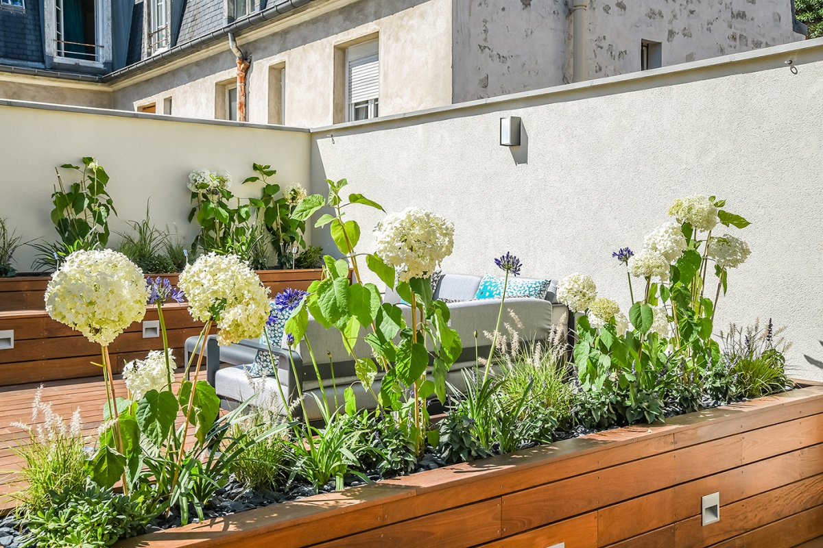 Création d'une terrasse sur le toit d'un immeuble à Paris : Terrasse architecte paysagiste