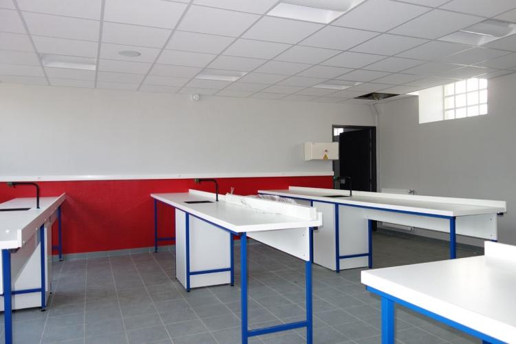 Rénovation d'une école et d'un collège
