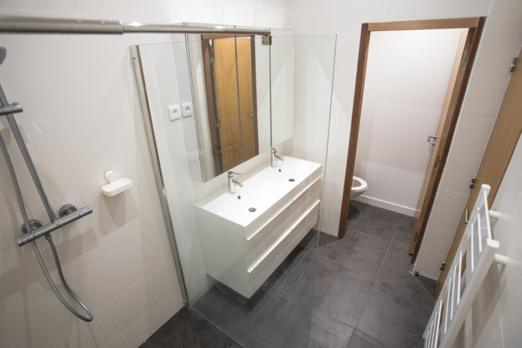 Construction d'un loft : 18 La salle de douche.jpg
