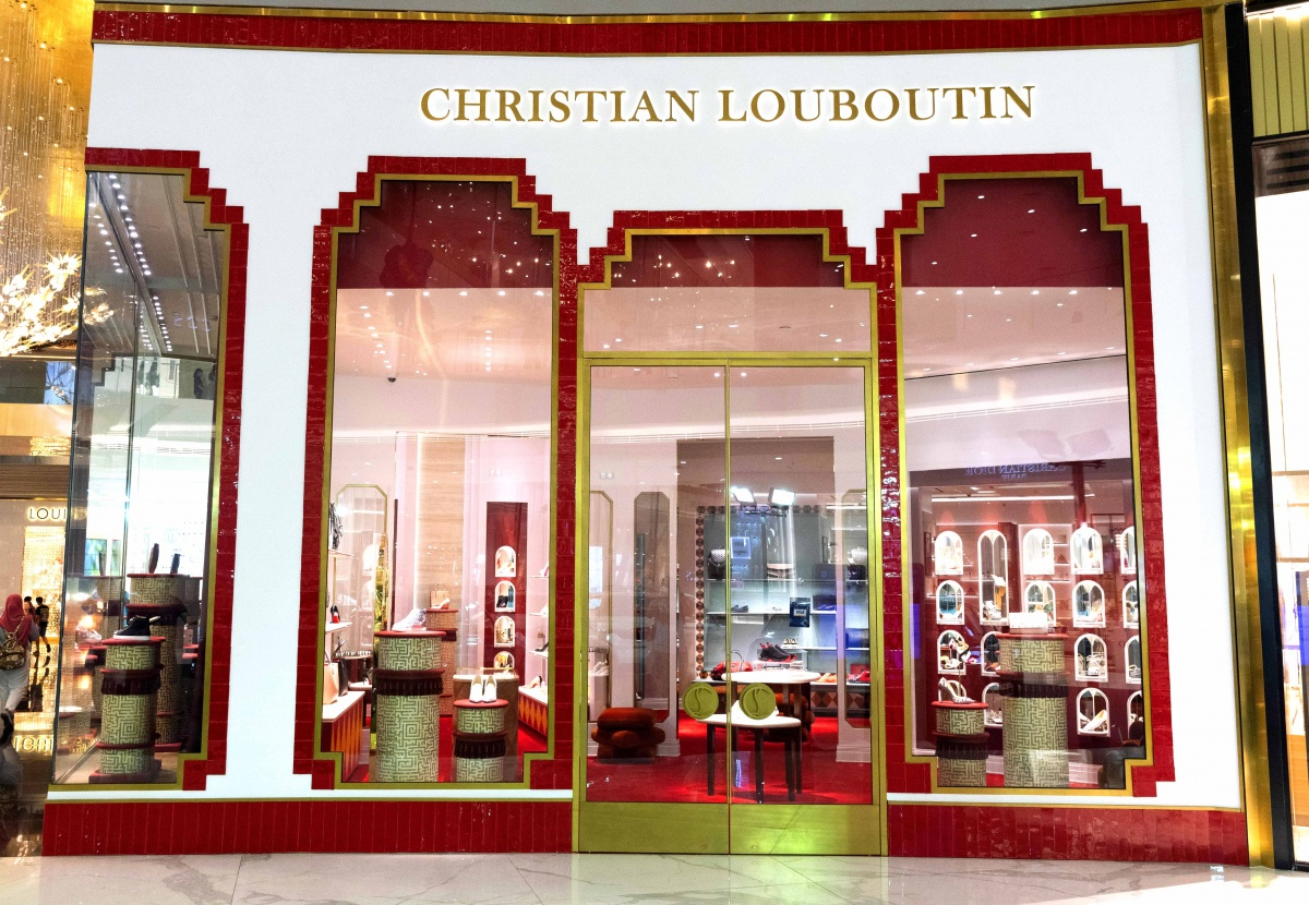 boutique louboutin angers