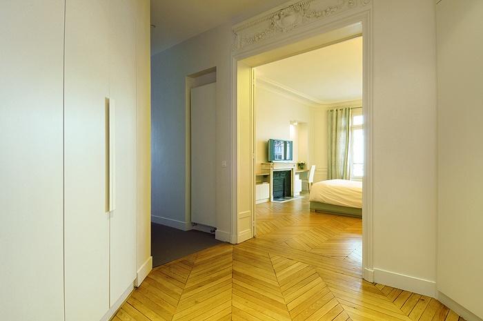Appartement haussmanien : IC R ECR 2009-07-07_182 dim 700x465
