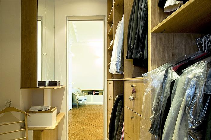 Appartement haussmanien : IC R ECR 2009-07-07_184 dim 700x465