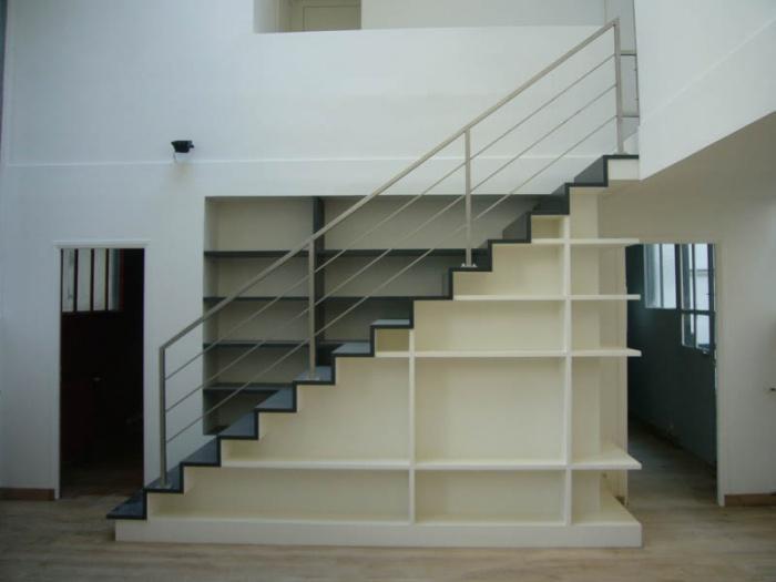 Escalier-Bibliothèque dans appartement