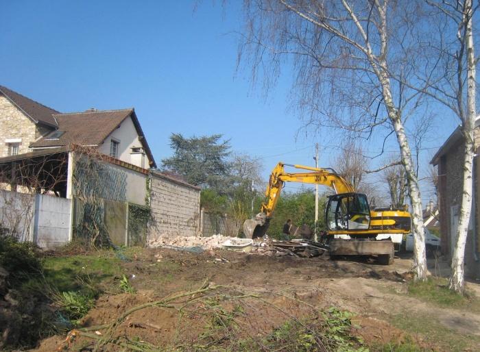 Maison en bois à Montlignon (95) : terrassements 1