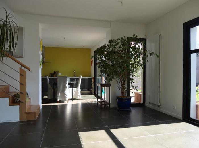 Extension et restructuration d'une maison de ville, Bois Colombes : 5-Bois Colombes-salon 2.jpg