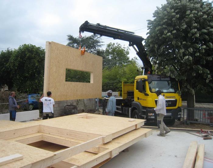 Maison en bois à Montlignon (95) : .../// 16 mai 2011 ///...