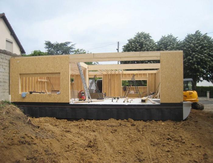 Maison en bois à Montlignon (95) : .../// 20 mai 2011 ///...