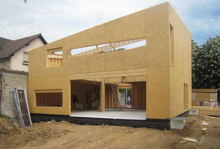 Maison en bois à Montlignon (95) : .../// 30 mai 2011 ///...