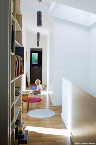 Maison contemporaine : IC R ECR 2011-09-28_0360