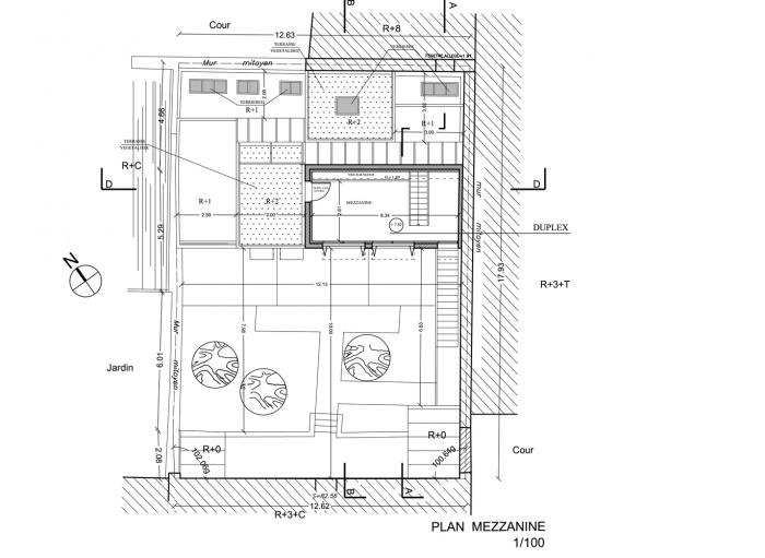 Trois maisons de ville, duplex et studio : plan mezzanine