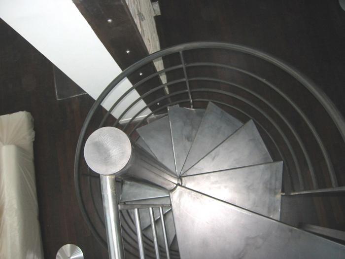 Loft bd Voltaire 75011 : escalier