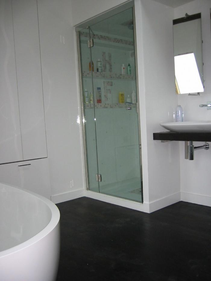 Loft bd Voltaire 75011 : salle de bain I