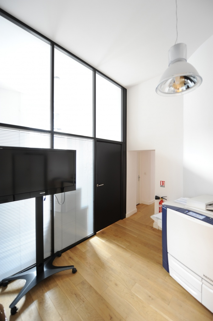 Showroom et bureaux d'Adexgroup : 3