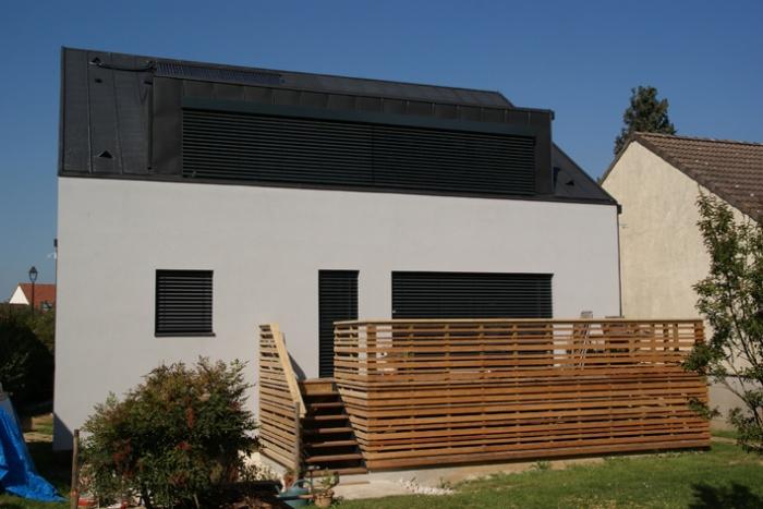 RENOPASSIVE - PREMIÈRE RÉHABILITATION FRANCAISE LABELLISÉE (PASSIVHAUS + BBC)) : Maison Rénopassive - Façade 2 Après