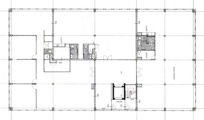 Rénovation d'un entrepôt en pépinière d'entreprise : plan