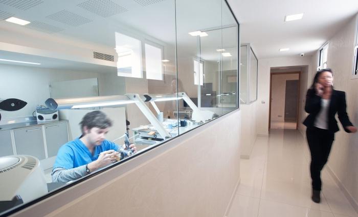 Clinique dentaire : iClinique Lab