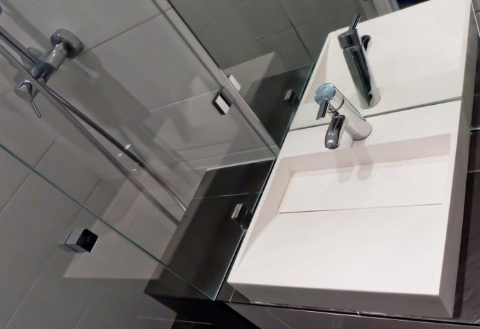 Studio de 15m² à Bastille pour location saisonnière : salle de douche