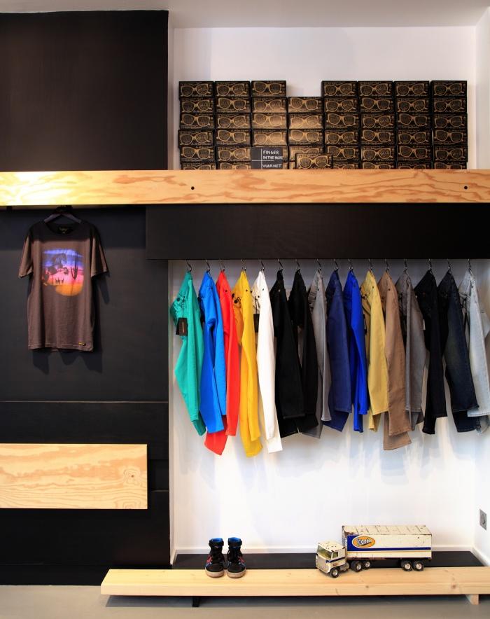 Aménagement intérieur d'une boutique de mode : shop 11
