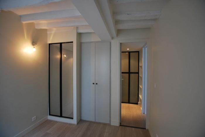 r novation petit duplex paris une r alisation de laurence sou. Black Bedroom Furniture Sets. Home Design Ideas
