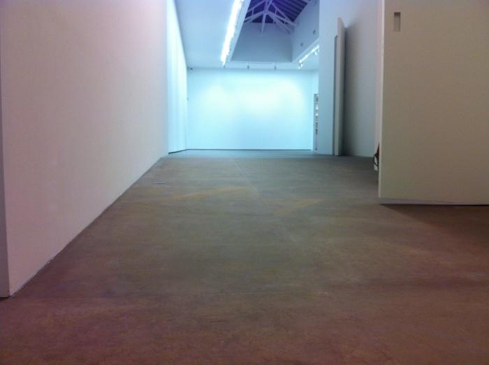 Galerie d'Art Bourg Tibourg : Sol en pierre