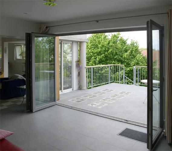 Extension avec vue : séjour -terrasse depuis l'intérieur