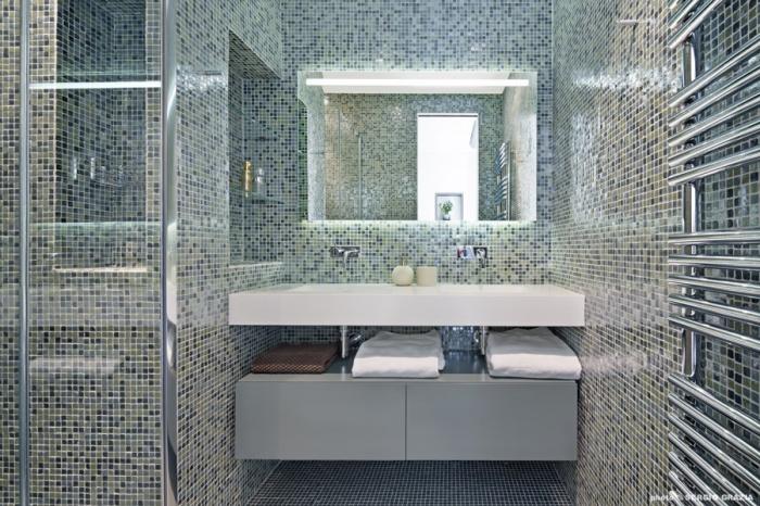 Appartement contemporain à Saint Germain des Prés : Salle d'eau des parents