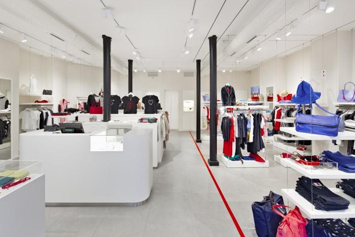 Boutique Agnès B., rue de Passy,
