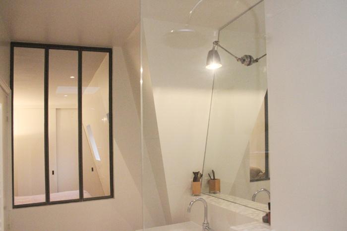Duplex sous les toits à Montmartre : 28-Y+S-Salle de bain parents