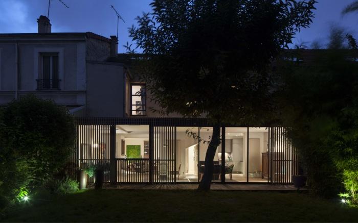 Architectes extension bois et verre courbevoie for Extension maison verre