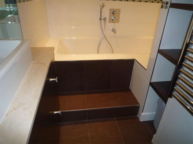 Rénovation d'un appartement rue du Faubourg Saint Honoré : Salle de bain - vue2