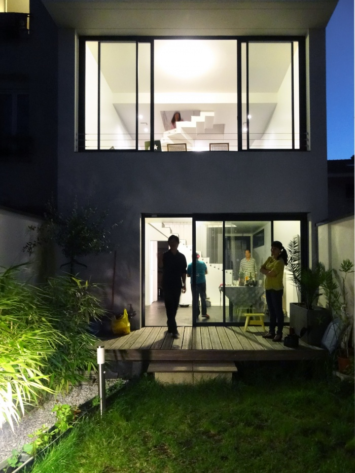 Maison Cubique : vue jardin