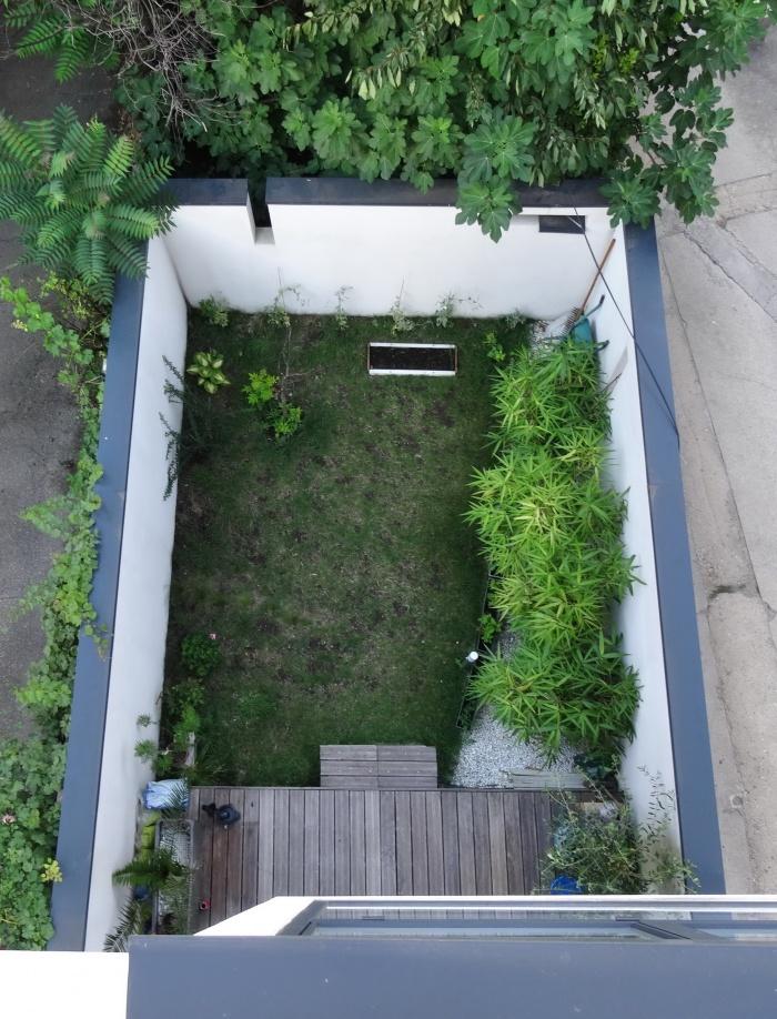 Maison Cubique : jardin rdc