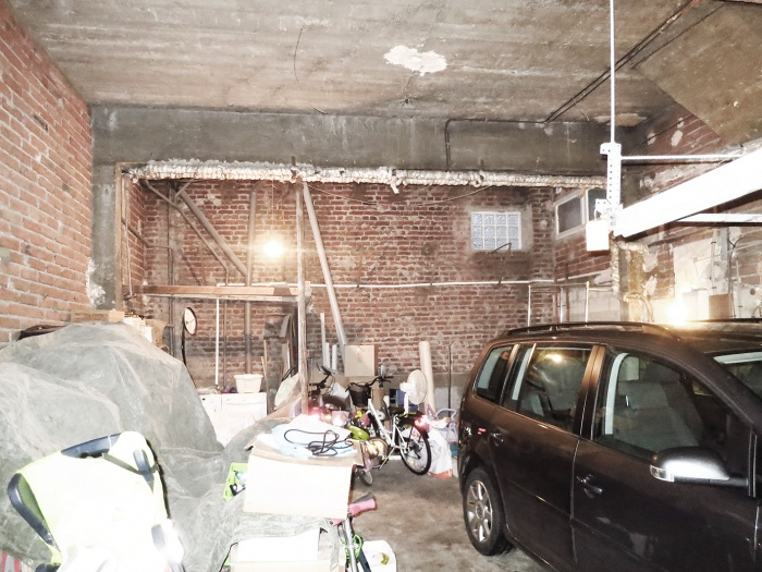 Dans un ancien garage fontenay sous bois une for Garage mini paris