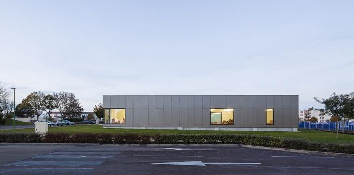Crèche et centre de Loisirs : LAROCHE_MIGENNES-001