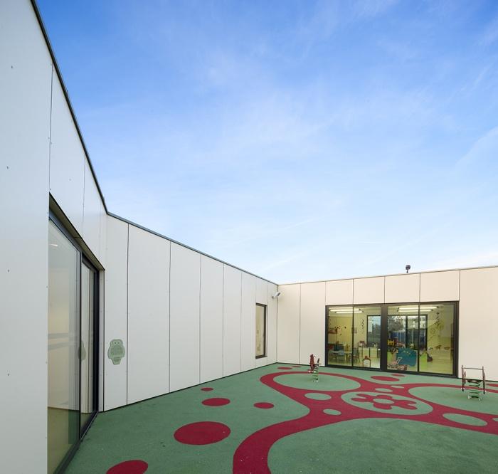 Crèche et centre de Loisirs : LAROCHE_MIGENNES-033