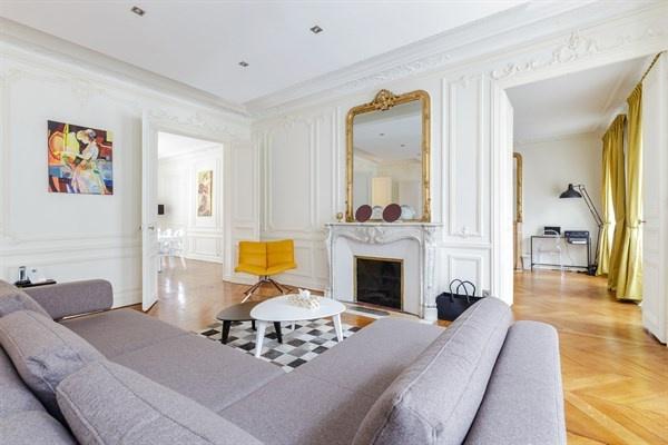 Rénovation d'un appartement à Paris, rue d'Artois 75008 : 02