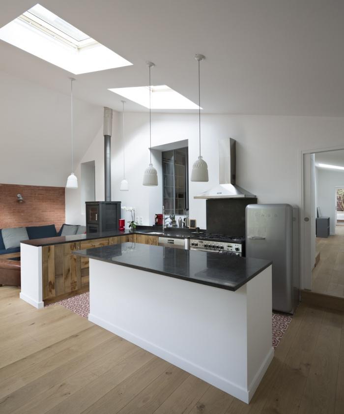 Extension en briques d'une maison en meulière : 3-house extension