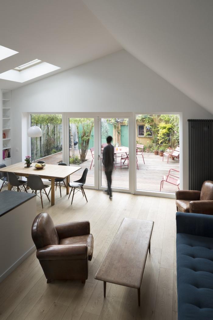 Extension en briques d'une maison en meulière : 4-house extension