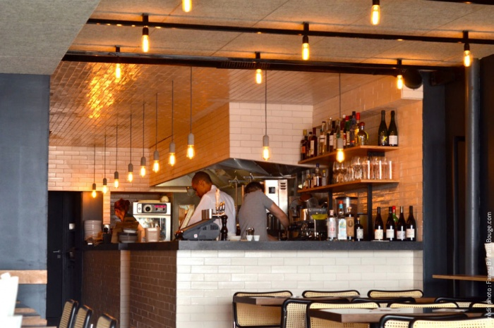 Restaurant_Rococo Paris9e : 3-rococo-kebab-meilleur-falafel-paris-viande-faubourg-st-martin-creditphotos-fannyb-parisbouge-w1200-h900