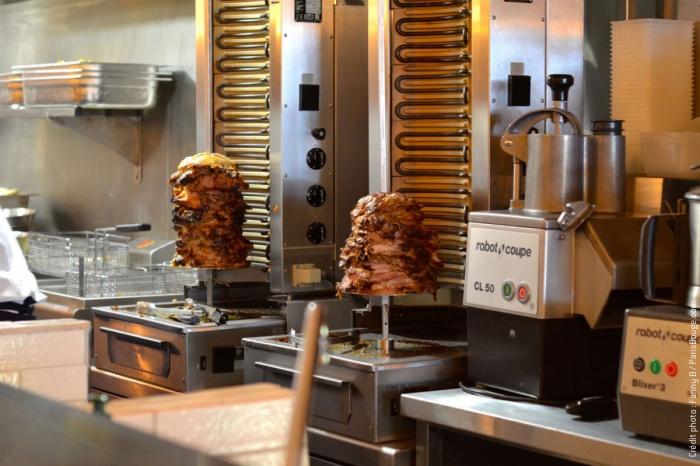 Restaurant_Rococo Paris9e : 6-rococo-kebab-meilleur-falafel-paris-viande-faubourg-st-martin-creditphotos-fannyb-parisbouge-w1200-h900