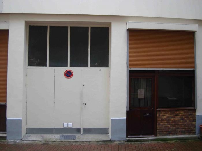 LOFT SOUPLEX B : Facade existante du garage