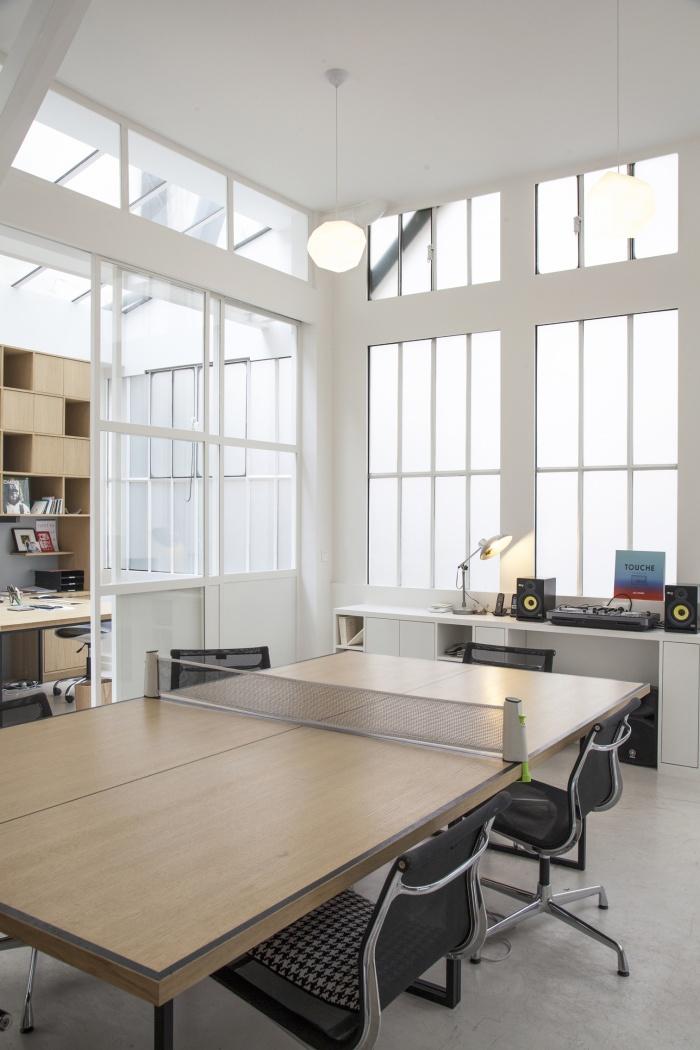 architectes r novation de bureaux et cr ation d 39 un studio de post production paris. Black Bedroom Furniture Sets. Home Design Ideas