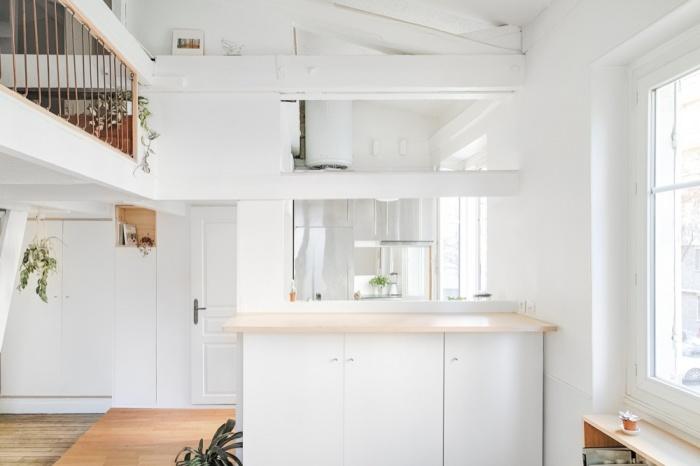 02 Double hauteur vers cuisine.jpg