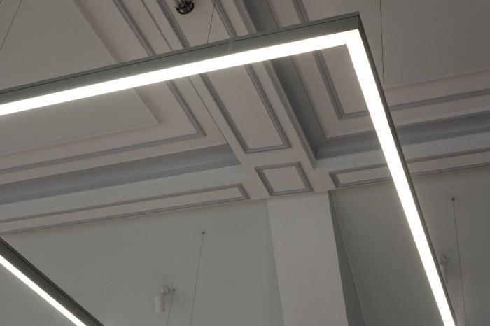 Salle polyvalente dans un lycée parisien : IMG_7362Salle-Colbert-matin
