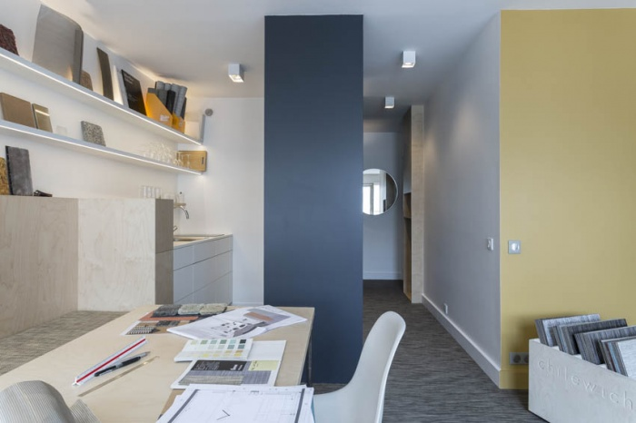 Showroom Adjectif D : Espace de travail ou salle à manger
