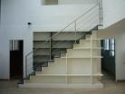Architectes escalier biblioth que dans - Escalier contremarche peinte ...