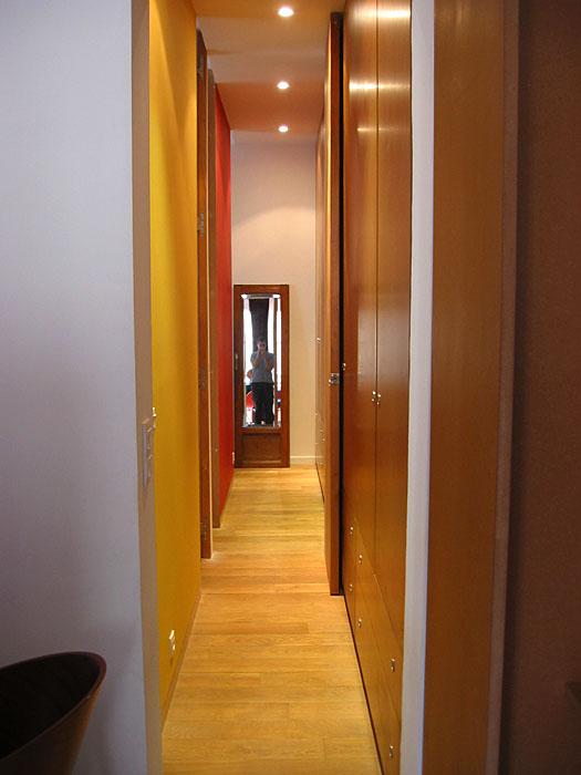 placard couloir voir cette pingle et duautres images dans portes placard et with placard. Black Bedroom Furniture Sets. Home Design Ideas